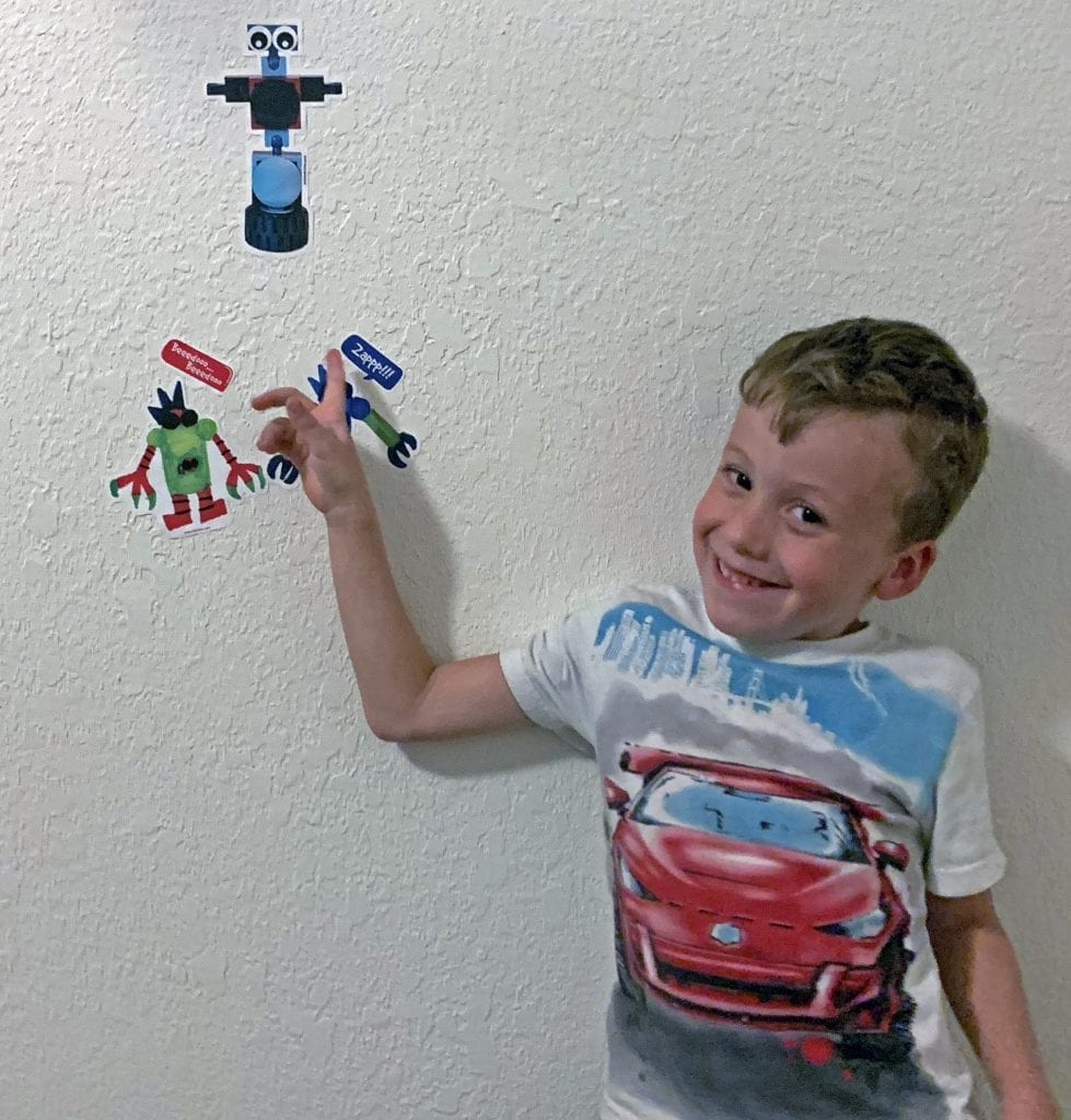 kid-drawn robot stickers with speech bubbles by arts and bricks
