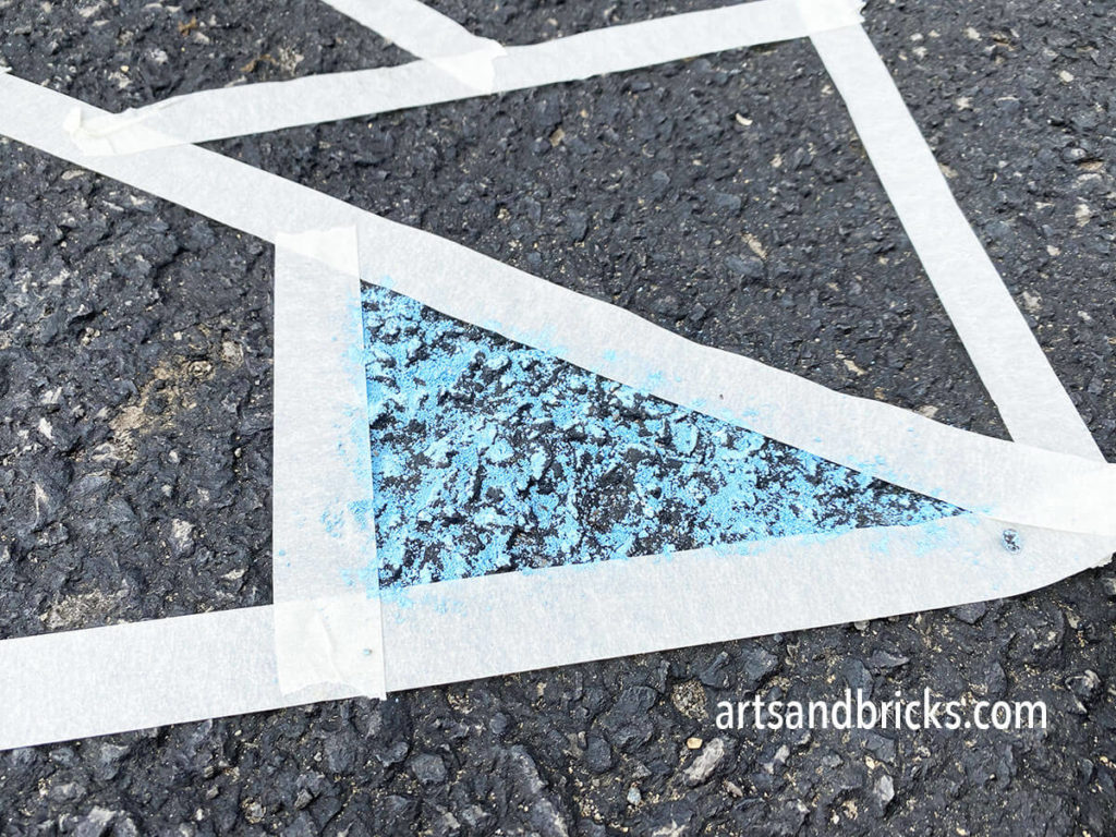 Encourage creativity with sidewalk chalk art projects. Take a look at our simple creative idea!