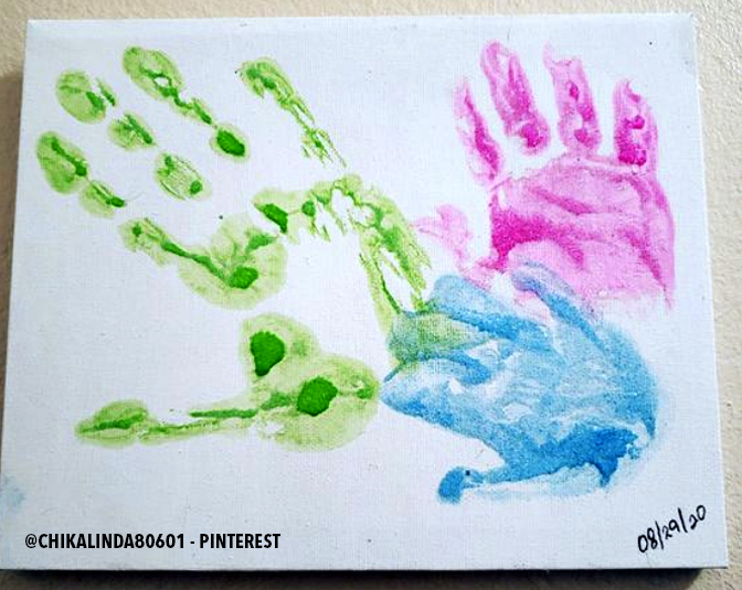Find inspiration for your family painted handprints on canvas.