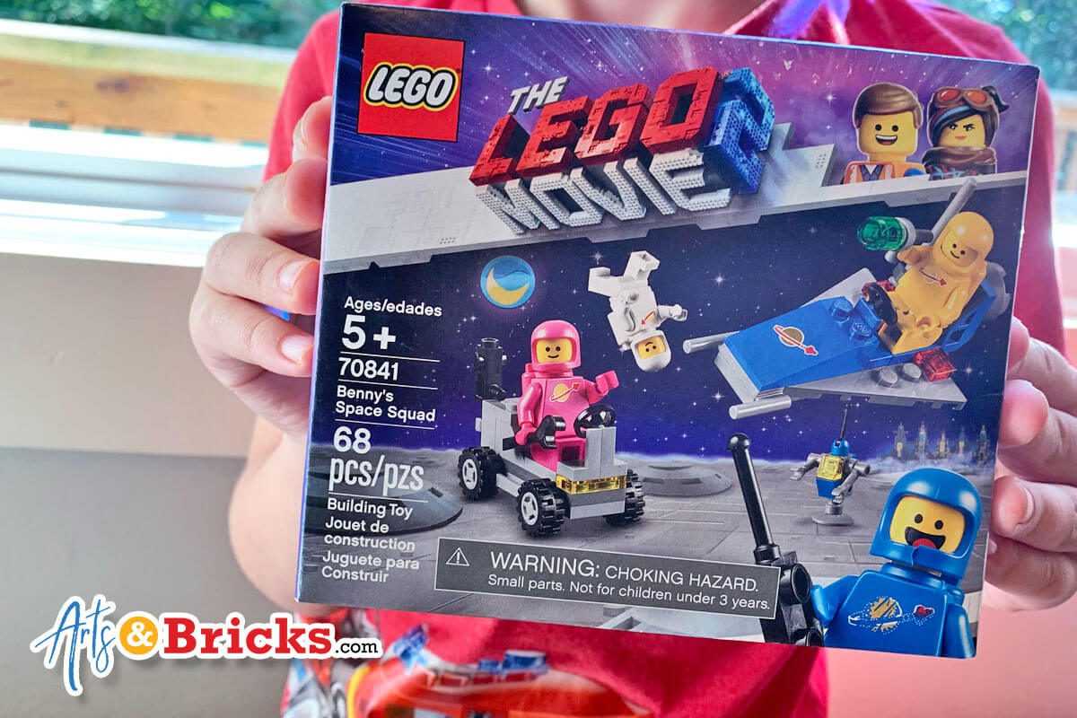 Kid-Review of LEGO Benny's Space Squad, Set 70841