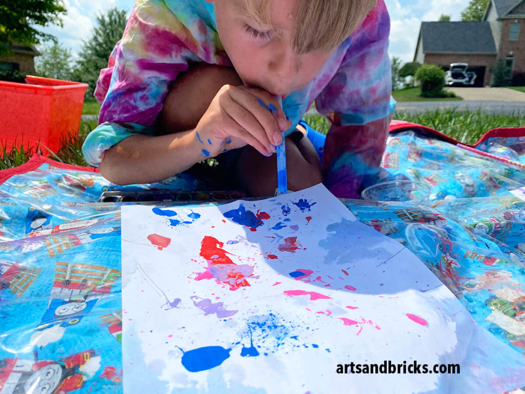 Get messy playing with paint! use straws to blow paint, to flick plaint, to splatter paint, to spread paint -- to make a masterpiece! This easy process art idea is sure to delight!