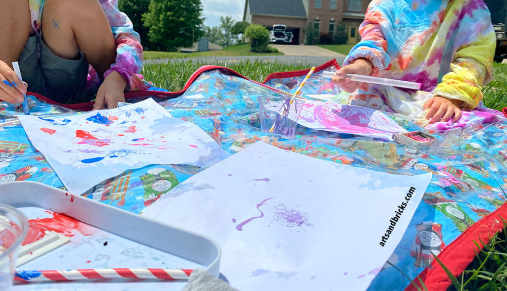 Crafty summer days - some of the best around. Get inspired to create process art with dyed water, acrylic and water paint -- and even blow it with straws!