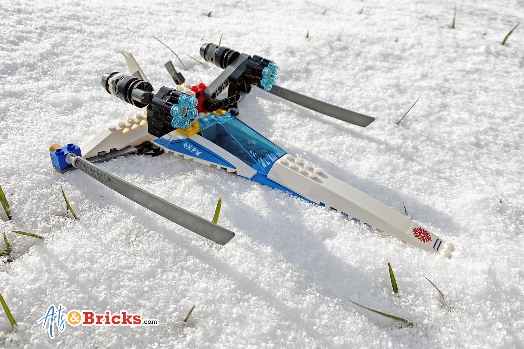 Lego Ninjago plane in the snow - lego alternate build example